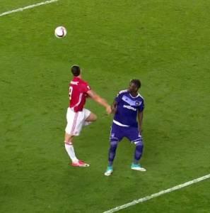 Zlatan, lors de sa blessure au genou droit